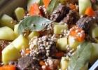 Sotus perlinių kruopų troškinys su antiena