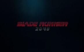 BĖGANTIS SKUSTUVO AŠMENIMIS 2049 / BLADE RUNNER 2049 (rež. Denis Villeneuve, 2017)
