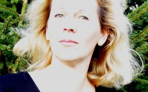 """Dailininkė ir rašytoja Rūta Dzin: """"Man gyvybiškai būtina prisiliesti prie žemės, kad atgaučiau jėgas"""""""