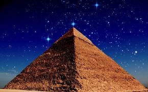 Kriptovaliutos? Piramidės.