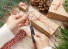 """Originalios dovanų pakavimo idėjos: nuo """"pasidaryk pats"""" iki graviravimo"""