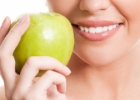 Dantų balinimas natūraliomis priemonėmis