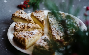 Toscakaka – švediškas karamelinis migdolų pyragas