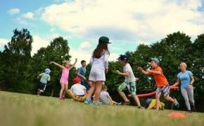 """Vaikų sporto stovykla """"Be išmaniųjų"""""""