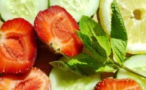 Virtuvė kosmetikoje: agurkai, kalė kopūstai, pomidorai, petražolės
