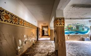 Žvilgsnis į Latviją – apleista technikos mokykla