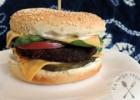 """""""Gourmet green"""" špinatų burgeriai"""