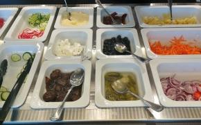 Fresh Buffet – ar gali švediško stalo tipo restoranas pasiūlyti ir nenuobodaus maisto?