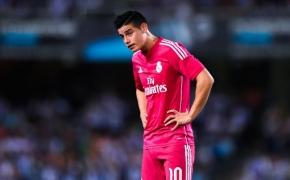 """Keisti """"Baltojo ryklio"""" žaidimėliai Madrido dvare"""