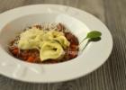 Tortellini su špinatų įdaru ir padažu a la Bolognese