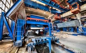 Mėlynų konstrukcijų gamykla