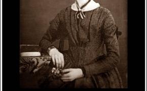 Šios dienos citata: anglų poetė Emily Dickinson apie iškalbingą tylą