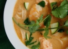 Aštriai rūgšti sriuba su lašiša ir krevetėmis