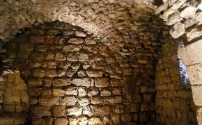 Kelionė į Jordaniją. Trečioji diena: karštieji karaliaus Erodo šaltiniai, kryžiuočių Karako pilis ir naktinė Petra.