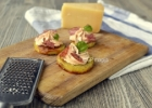 Gruzdintos bulvės su sūrio-saliamio pagardu