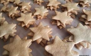 Šv. Kalėdų belaukiant – meduolinės eglutės
