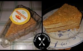 Ofiso pietūs: kreVEGANetės ir medaus tortas