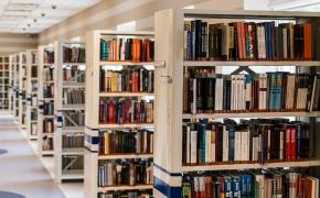 Moteris perskaitė po knygą iš kiekvienos pasaulio šalies. Ko ji išmoko?