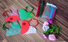 Popierinis krepšelis gėlėms/mažai dovanėlei