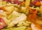 Kopūstų sriuba su dešrelėmis ir bulvėmis