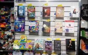 Zvaigznes Grāmatnīca knygynas Rygoje: Kokias knygas skaito latviai? (Kādas grāmatas lasa latvieši?)