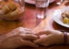 Maisto laiminimas – kodėl verta melstis prieš valgį?