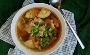 Kimči sriuba su skryliais   Kimchi sujebi