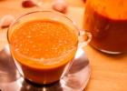 Šildanti saulėje džiovintų pomidorų sriuba