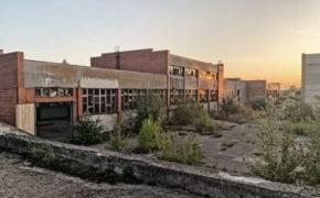 Apleistas sulčių fabrikas Latvijoje