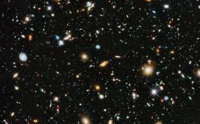 Kaip šviesa atskleidžia Visatos paslaptis? (Mokslo populiarinimo konkursas)