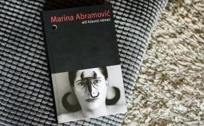 """Marina Abramovič """"Eiti kiaurai sienas"""""""