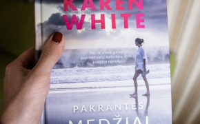 """Karen White """"Pakrantės medžiai"""""""