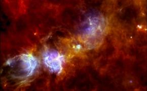 Žvaigždžių gimimas galaktikų glėbyje