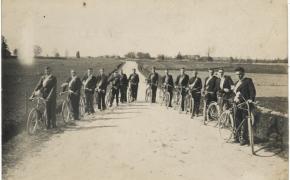 (1234) Visiškai tarp kitko: kas per dviratininkai galėtų būt?