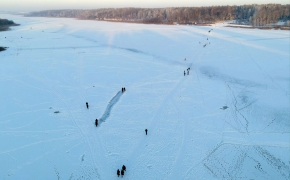 Ledinės pramogos Šiauliuose: skersai galima pereiti vieną didžiausių ežerų Lietuvoje