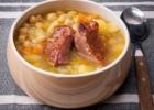 Avinžirnių sriuba su rūkytais šonkauliais