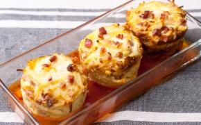 Makaronų keksiukai su kumpiu ir sūriu