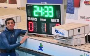 Naujas pasaulio rekordas: 54 metų vyras po vandeniu nekvėpuodamas išbuvo 24 minutes