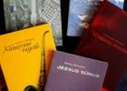 Leidyklos  RARA knygos: Pninas, Bendroji užmaršties istorija, Uraganų sezonas, Klausymo ragelis, Jėzaus sūnus