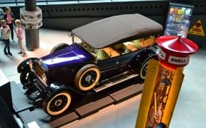 Rygos automobilių muziejus – ko gero privaloma aplankyti